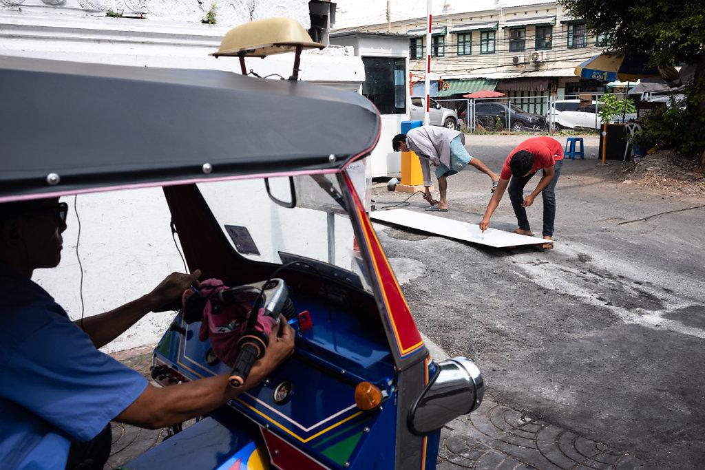 Tuk Tuk Workers